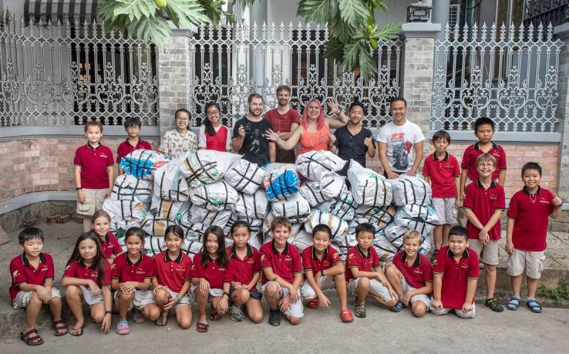 "Teilnehmer  des ""100,000 straw project"""