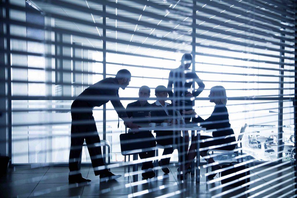 Büro, Coworking Space, Business Lounge – Tipps für den Business-Start im Ausland